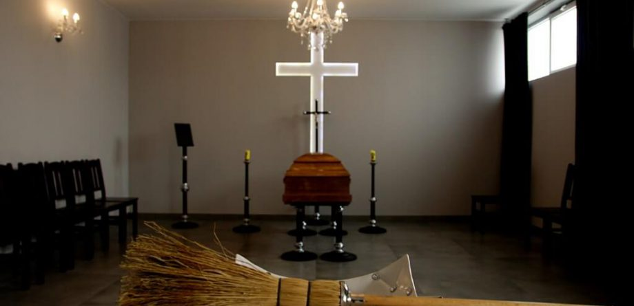 Kaplica - Krzyż
